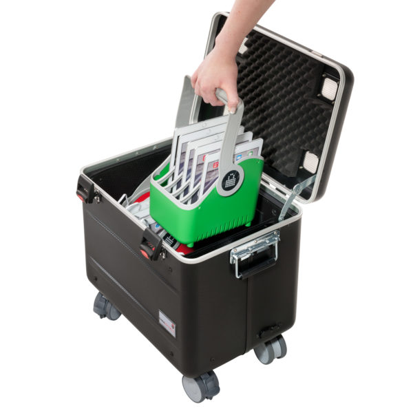 valise avec paniers pour transporter des tablettes